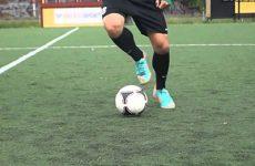 Những pha biểu diễn bóng đá nghệ thuật cực đỉnh